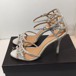 Badgley Mischka Antique Silver Stingray Sandals
